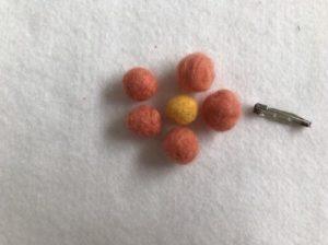 フェルトボールの作り方とアレンジ法の画像