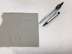 フェルトでマカロンとプリンを作る手順画像
