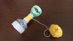 ペットボトルでけん玉を作る作り方の手順画像