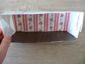 牛乳パックでドールハウスを作る作り方の手順画像