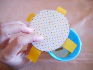 紙コップで貯金箱を作る作り方の手順画像
