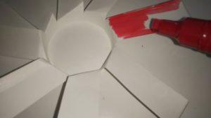 紙コップで風車を手作りする作り方の手順画像